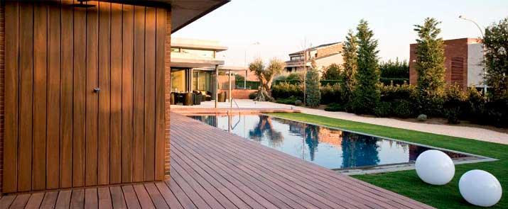 Tarima exterior de madera compuesta tropics decking de fiberon for Who makes tropics decking